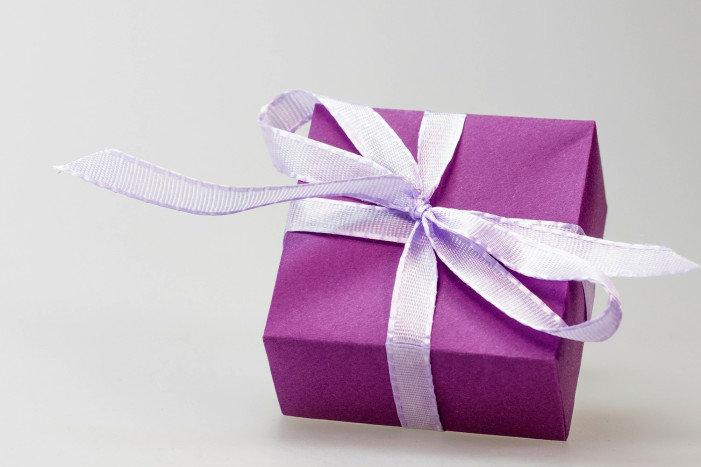 nos id u00e9es pour choisir un cadeau d u2019affaire qui surprendra